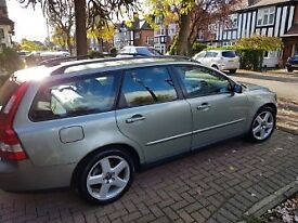 Volvo V50, 1.8Litre SE, 12 Months MOT, Exc Service History, 118,500 Immaculate