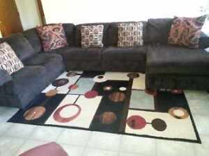 Huge Beautiful Sectional Couch.  Chocolate Brown