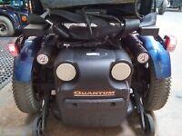 QUANTUM R 4000 POWER CHAIR