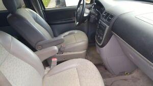 2005 Chevrolet Uplander Minivan, Van Ext. Cambridge Kitchener Area image 3