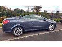 2006 Vauxhall Astra Twintop convertible, very low millage, great condition.