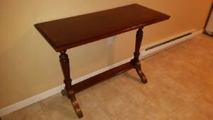 Antique couch table - Fine Wood table - excellent condition