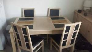 Free 4 chair dining room table Cronulla Sutherland Area Preview