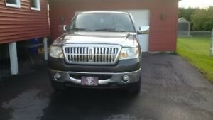 Camion Ford Lariat 2006 4X4