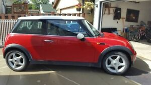 2004 MINI Mini Cooper Hatchback