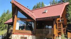 505 Holly Road, Sicamous - Magnificent Chalet-Style Home