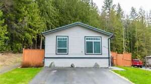 4510 72 Avenue, NE Salmon Arm - Immaculate Manufactured Home