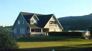 4887 S. Grandview Flats Road, Armstrong - 3 Bdrm 4 Bath Home