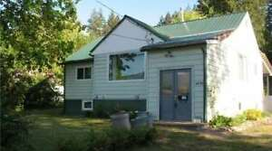 4890 70 Avenue, Salmon Arm NE - Perfect Family Home