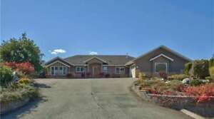 2568 Golf Course Drive, Blind Bay - This Rancher Is a Must See!