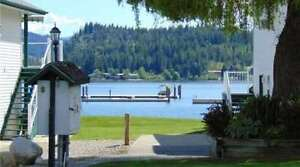 250 213 White Pine Crescent, Sicamous - Fully Furnished Unit.