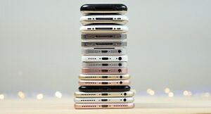 iPhones  screens replacement by Apple Certified Professional