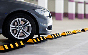 Rubber Parking Curb / Stop for Traffic Control!