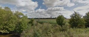 Looking for Land in Grand Valley?