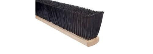 "Magnolia Brush #2418 18"" Stiff Black Polypropylene Pro Series Push Broom Head"