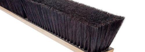 """Magnolia Brush #2624 24"""" Black Plastic Center/Black Plastic & Horsehair Border"""