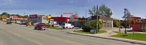 LINDSAY, ON - Opportunity for lease in busy/mature plaza