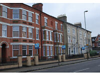 Studio Flat in Fosse Road Central, Leicester, LE3