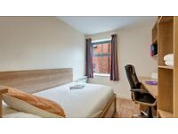 Chester Abbeygate En-suite Room (Shared Kitchen)
