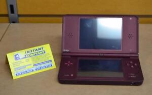 Nintendo dsi xl rouge avec la boite original