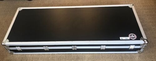 Road Runner - 88 Key - Keyboard Flight Case with Casters - KBRR88W - EXCELLENT