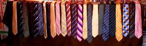 Lot de 22 cravates