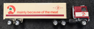Vintage ERTL 1/25 Canadian Dominion Semi Truck and Trailer Toy