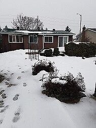 SOUTH BARRIE BUNGALOW !! Available NOW ..ON HUGE LOT!!!