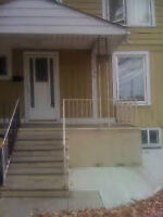 2 Rooms Available Welcome to rent Weekly or Month to Month