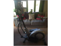 Battery-operated Cross Trainer