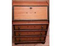original Italian Writing Bureau,storage drawers with working lock & key - made in Italy