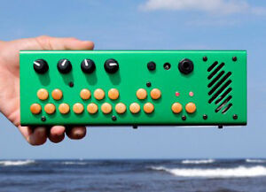 Critter & Guitari - Green Pocket Piano
