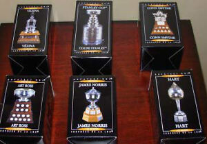 MCDONALDS HOCKEY TROPHY SET WITH STAND