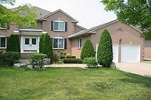 Great Unit W/ 4 Bedroom Home In The Heart Of Unionville!