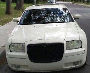 2005 Chrysler 300-3.5 litre-3 speed Auto