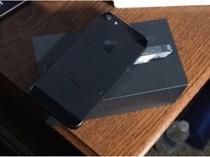 iPHONE 5 NEED GONE 32GB