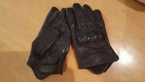 Motorcycle Gloves-New Men;s Medium Wilston Brisbane North West Preview