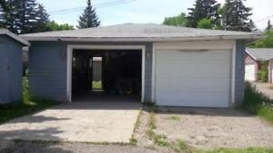 Large Heated Double Detached Garage (Windsor Park) near Chinook