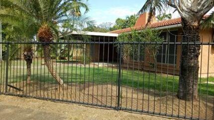 MILLNER SPECIAL - 3brm - 2bathroom tropical brick home