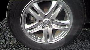 235 65 17 Michelin Primacy 90% tread on OEM 2014 Hyundai Santa Fe alloy rims 5 x 114.3