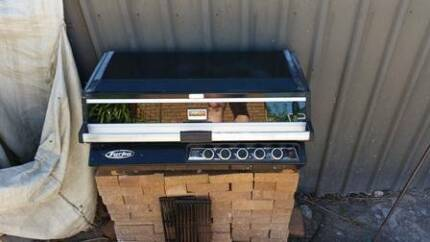 5 Burner Gas BBQ Trott Park Marion Area Preview