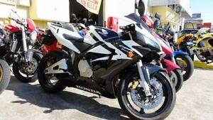 Good looking Sports Bike for sale, rego, new tyres, just serviced Coopers Plains Brisbane South West Preview