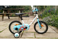 Child's Bike with Stablisers