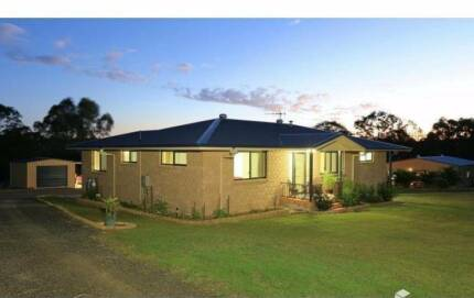SUPERB VALUE FAMILY HOME WITH TEEN RETREAT/GRANNY FLAT