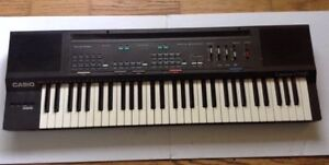 Casiotone CT-630 electronic keyboard