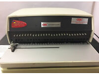 Used / Pre-owned GBC 111 Heavy Duty Plastic Comb Punch