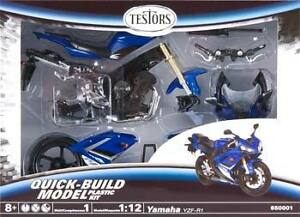 1/12 Scale Snap Yamaha YZF-R1 Motorcycle Quick-Build Model