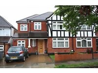 mmaculate 4-5 BEDROOM, 2 BATHROOM, 2 RECEPTION semi-detached house in the catchment of MOUNT STEWART