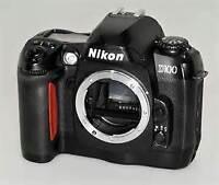 Nikon D100 DSRL body + lowepro bag + CompactFlash card