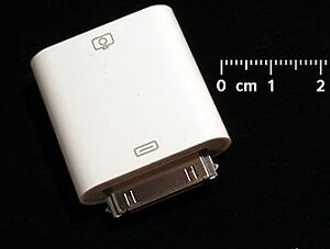Apple Camera Connector/iPod (M9861G/A)